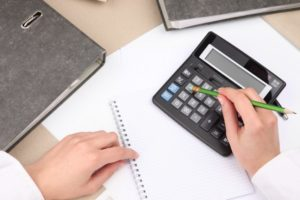 Облагается ли страховыми взносами компенсация при увольнении в 2017 году